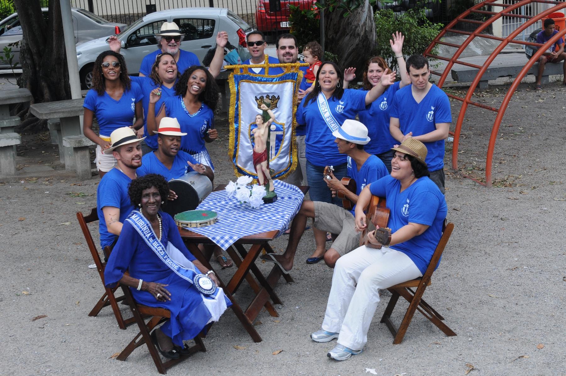 Bloco Fuzuê da Ilha faz festa para S. Sebastião
