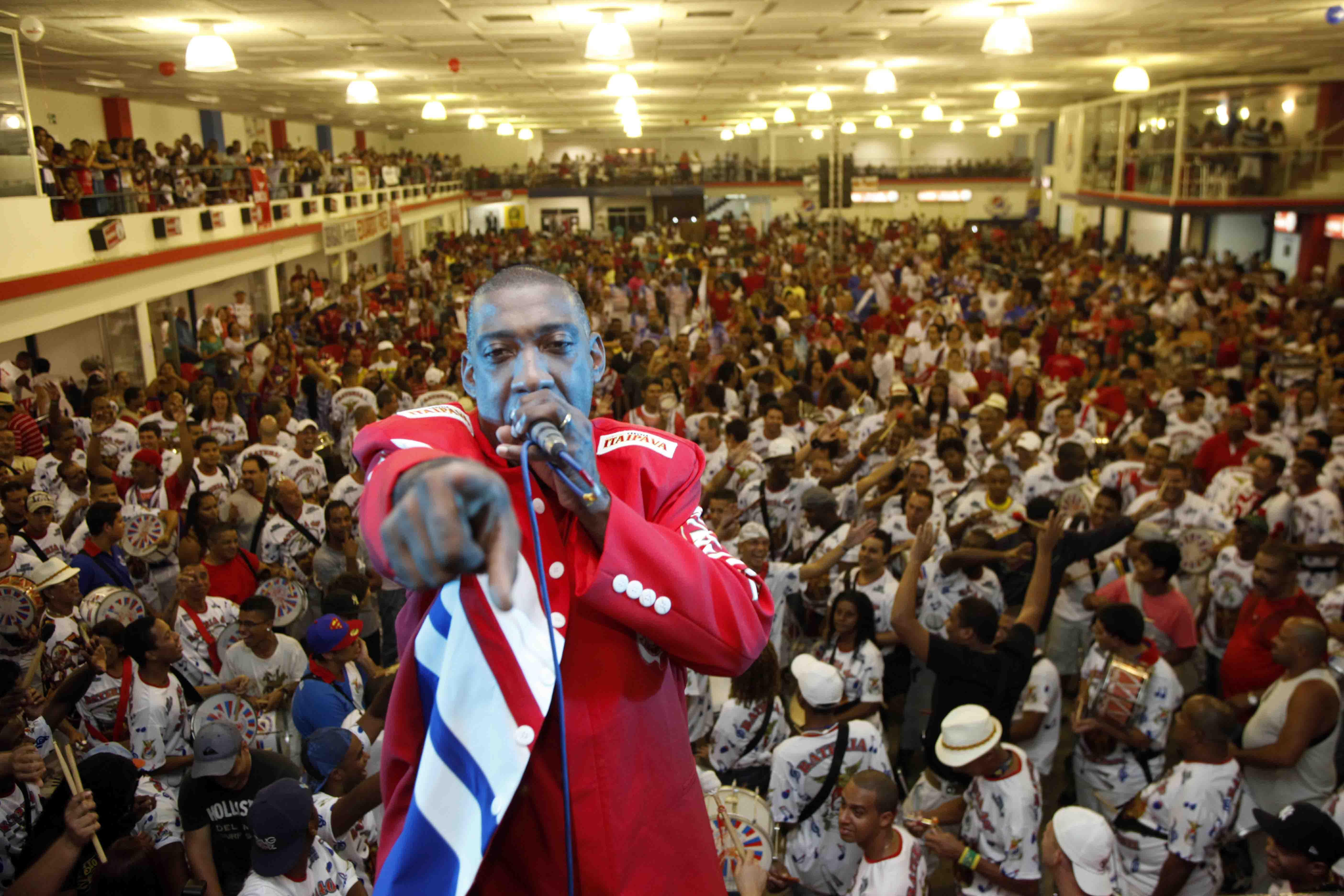 No domingo, Ito Melodia faz roda de samba na Ilha