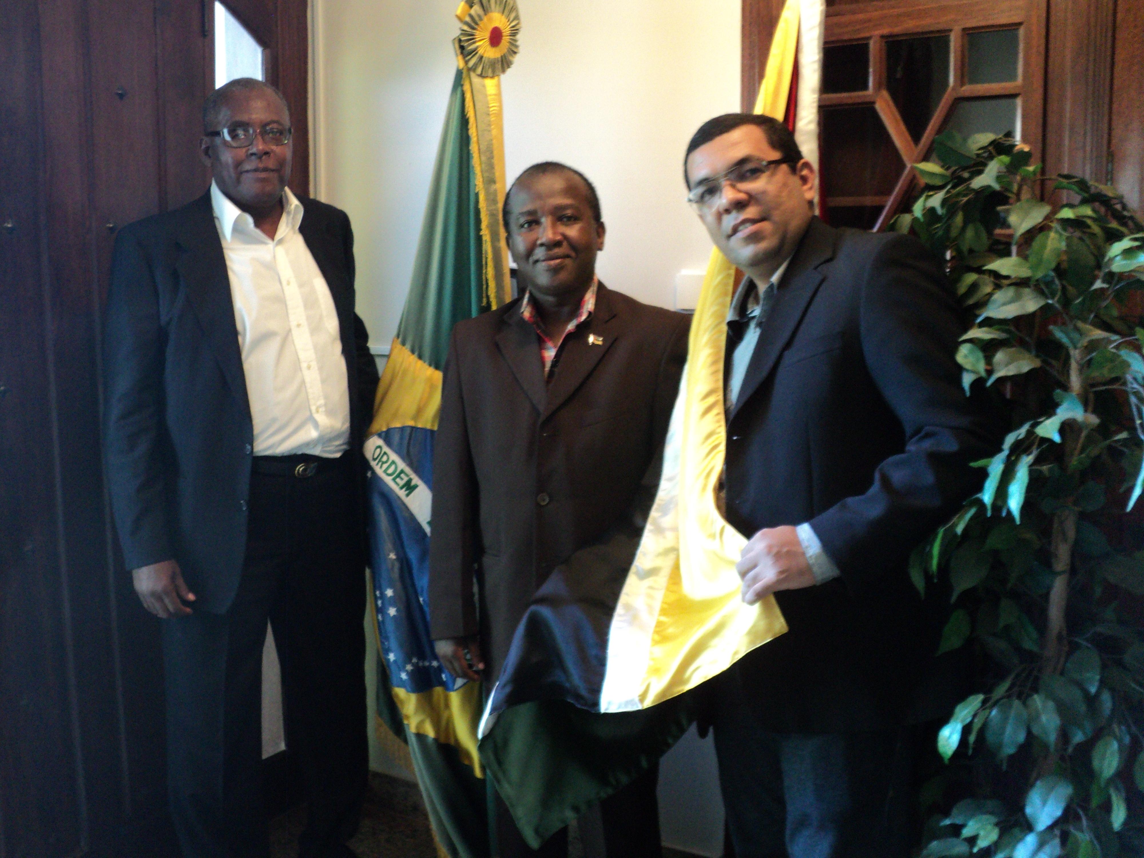 Império da Tijuca convida moçambicanos para o desfile