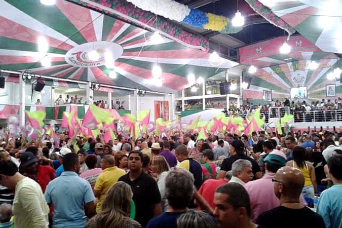 Três sambas estarão na final da Mangueira