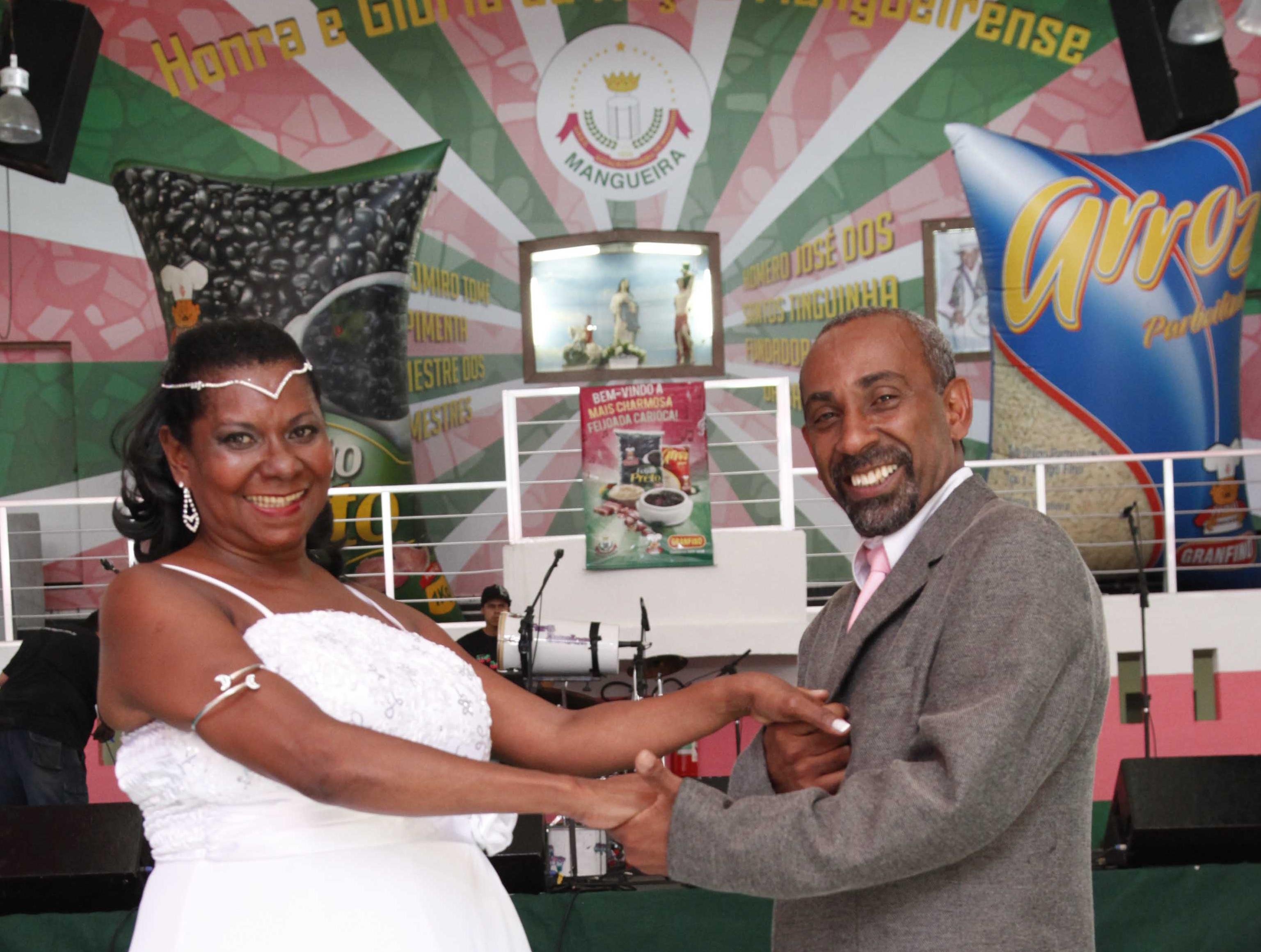 Feijoada da Mangueira contou com casamento
