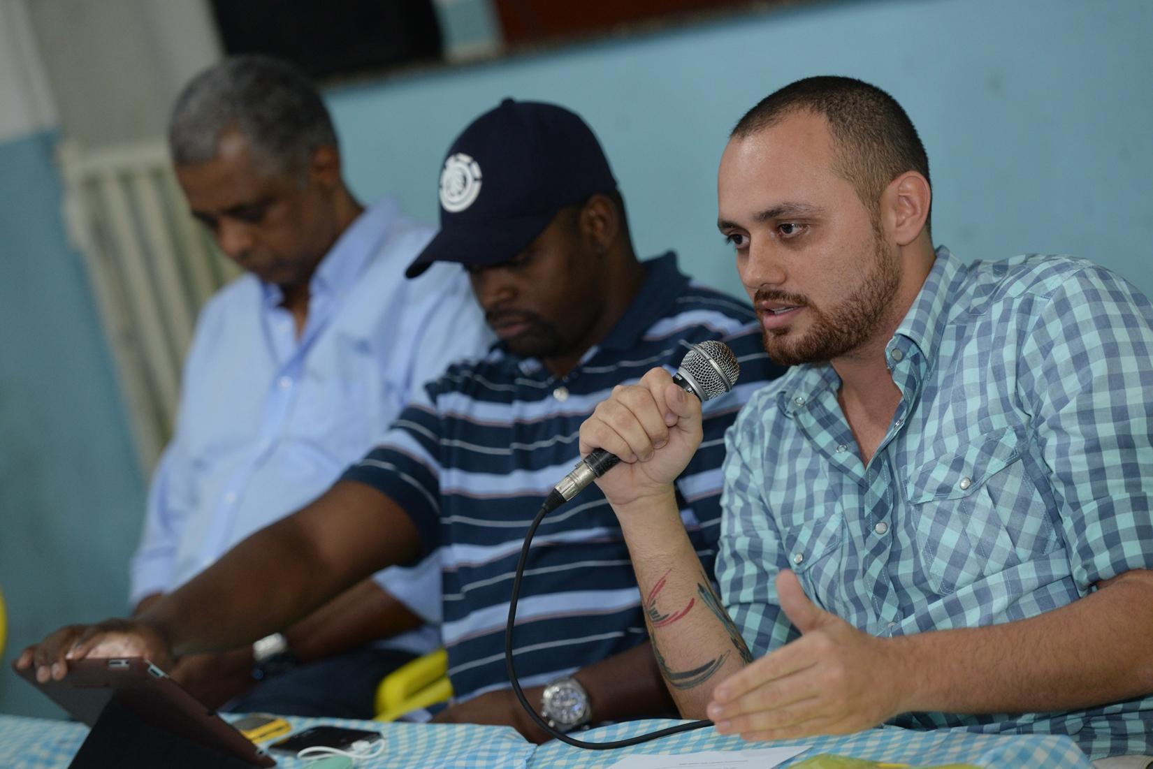 Leandro Vieira inaugura, no dia 13, exposição sobre desfile da Mangueira