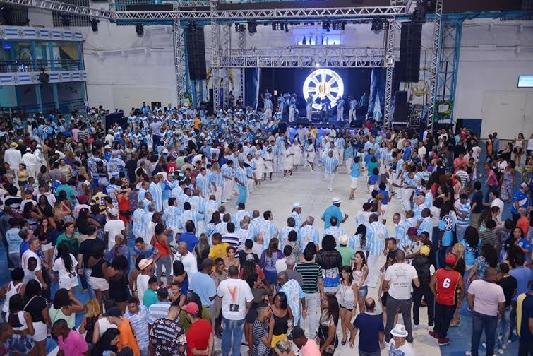 Nove sambas continuam na Vila Isabel