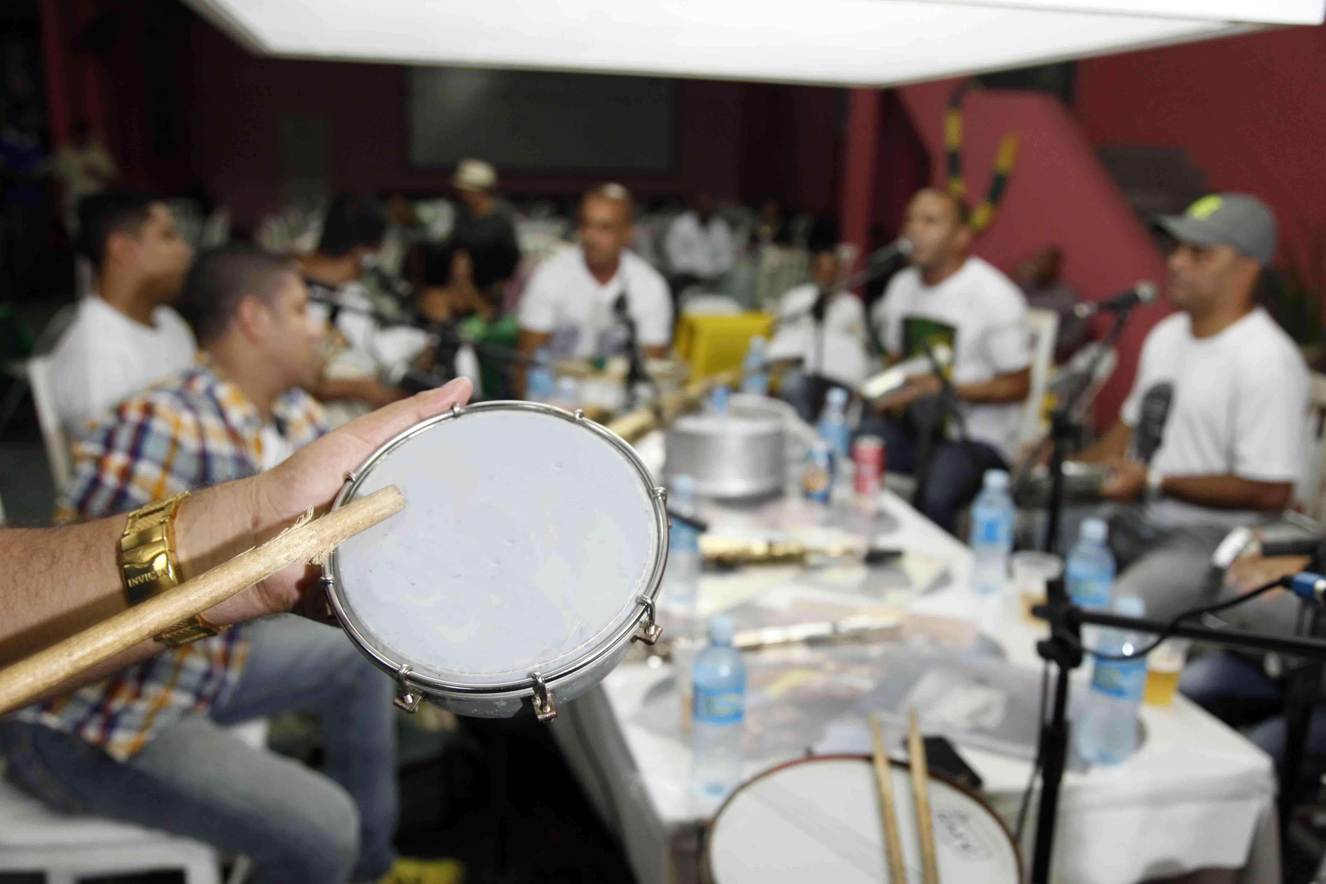 C.C. Cartola estreia o Sarau do Samba no sábado