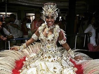 Alessandra Chagas é a nova porta-bandeira da Curicica