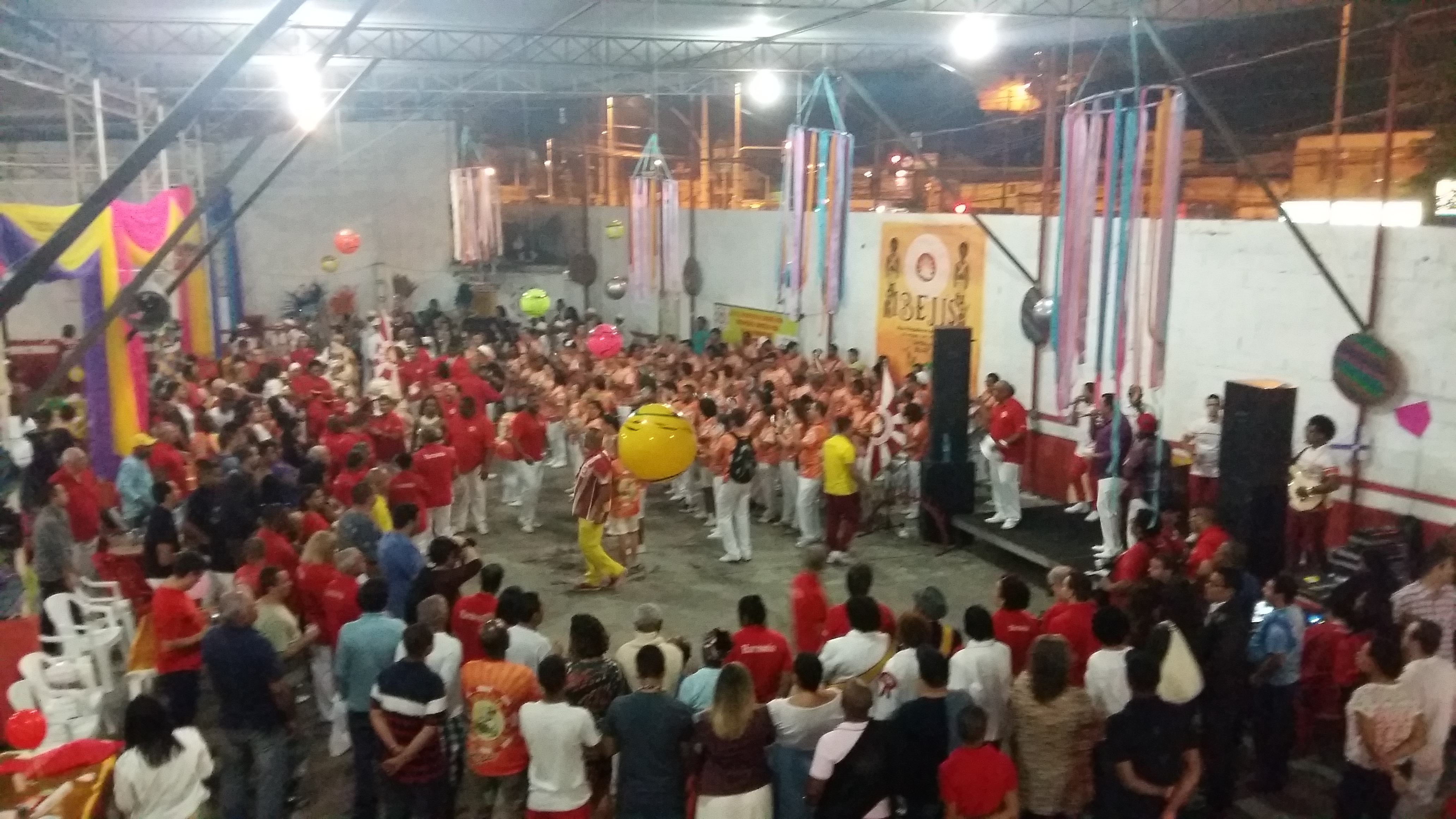 Renascer apresenta samba