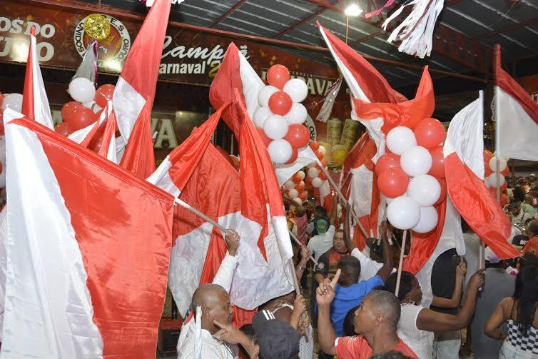 Seis sambas continuam na disputa da Viradouro