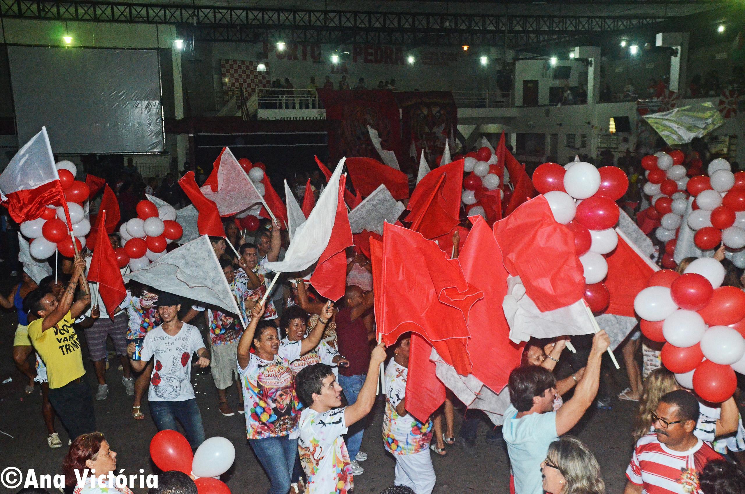 Porto da Pedra realiza eliminatória com 6 sambas