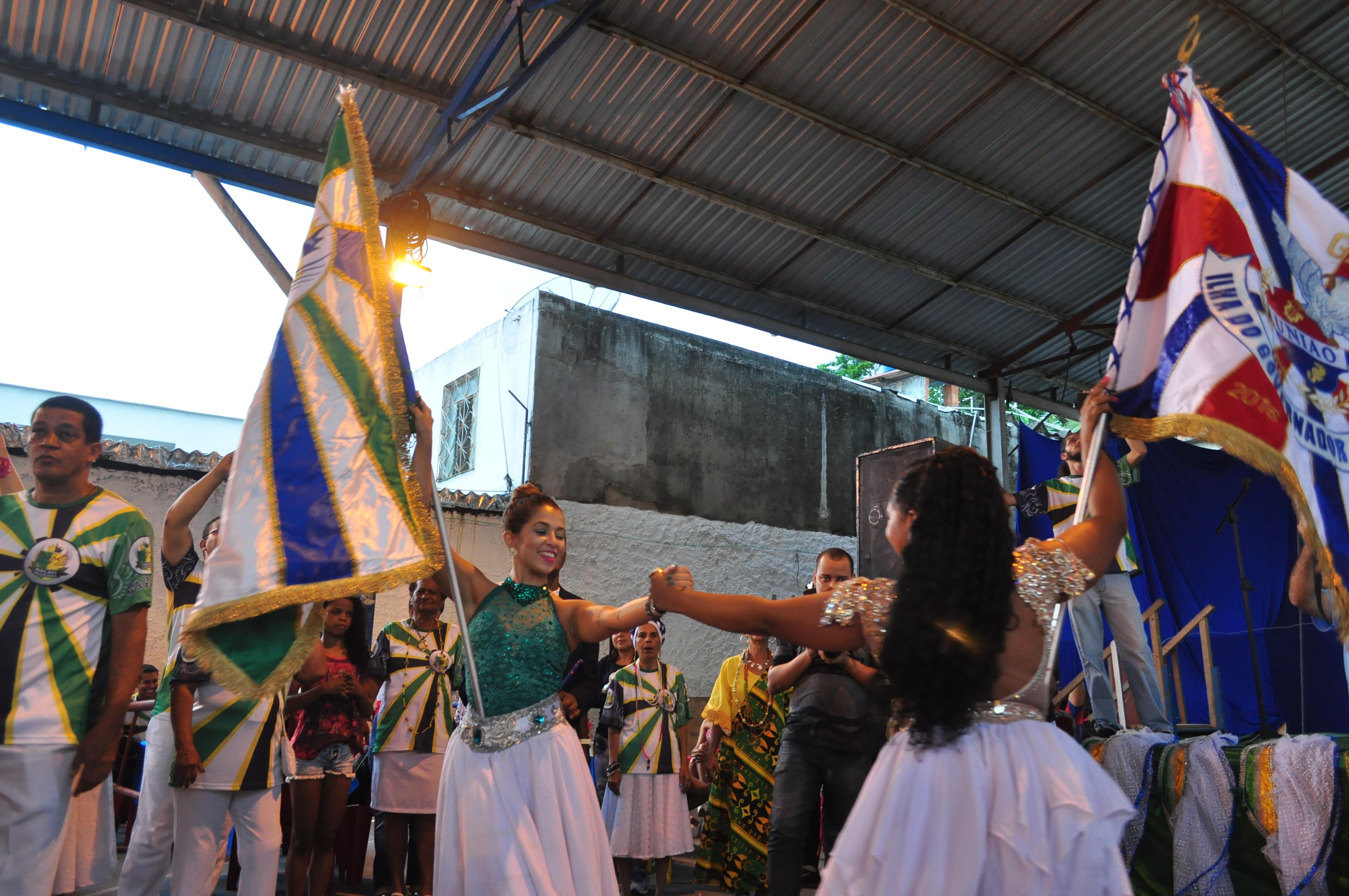 Nação Insulana deu o pontapé inicial para o carnaval