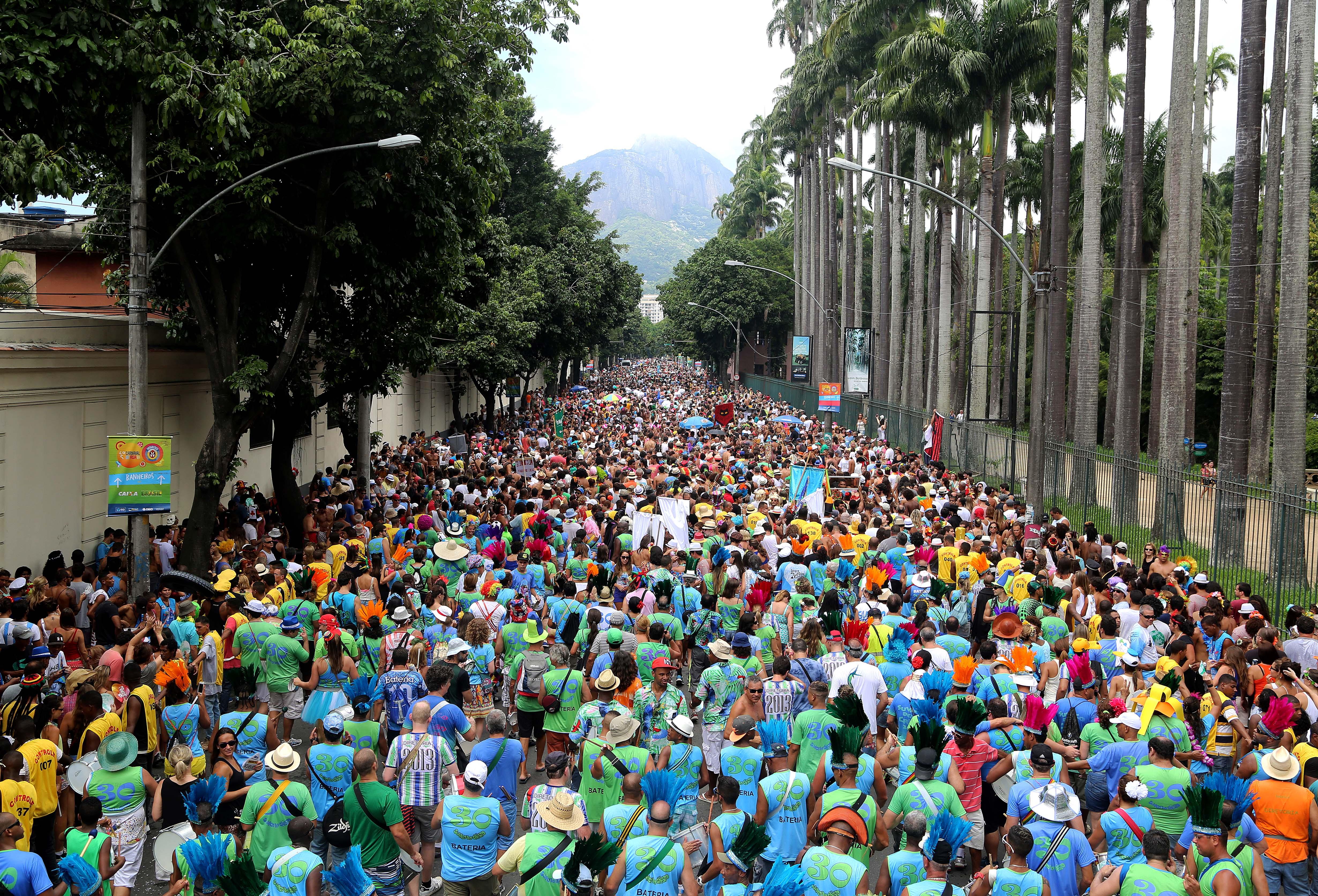 Começa a folia dos blocos de rua no Rio de Janeiro
