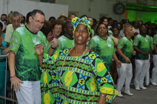 Mocidade faz Baile Verde e Branco neste sábado