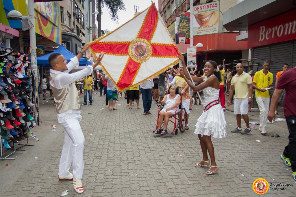 Leão de Nova Iguaçu faz ensaio técnico no domingo