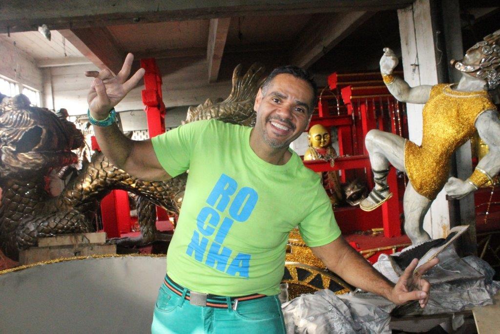 Alex de Oliveira não é mais carnavalesco da Rocinha