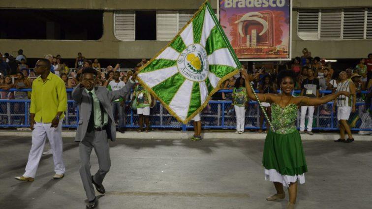 Ouça o samba da Acadêmicos de Santa Cruz em exclusiva versão ao vivo