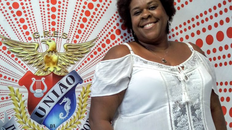 Atriz Cacau Protasio confirma presença no desfile da União da Ilha
