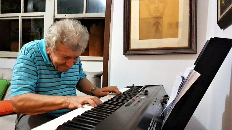 Entrevista exclusiva: a bossa e o talento de João Roberto Kelly