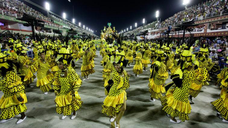 Rocinha mostra evolução em desfile em relação ao ano passado