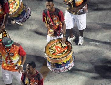 Ouça o samba da Alegria em exclusiva versão ao vivo