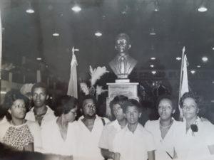 Família - inauguração busto no Império