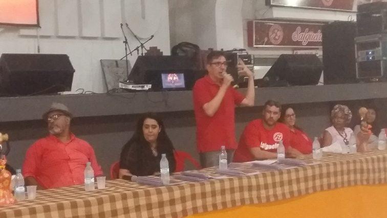 """Alex de Souza: """"É um enredo contra a intolerância"""""""