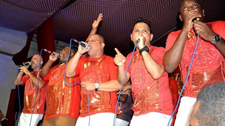 Estácio divulga calendário da disputa de sambas para 2018