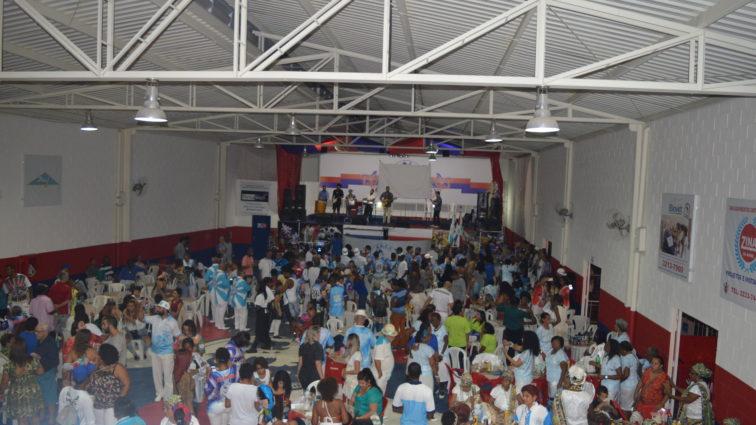 Vizinha apresenta sambas no sábado