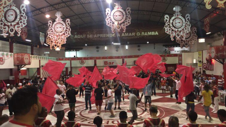 Cinco sambas prosseguem na UPM