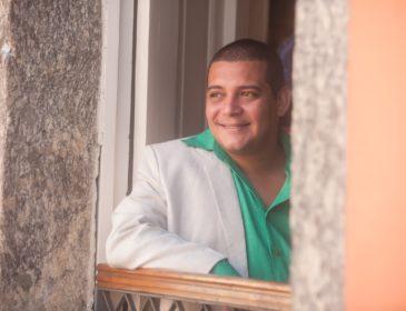 """Neste domingo, Juninho Thybau faz mais uma edição de """"Na Porta de Casa"""", no Irajá"""