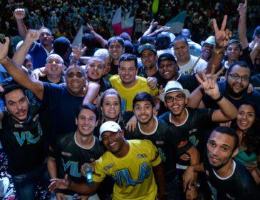 Ouça o samba da Vila para 2018 em versão ao vivo