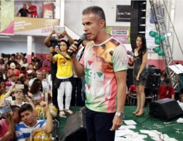 Mangueira resolve manter versão original do refrão de seu samba
