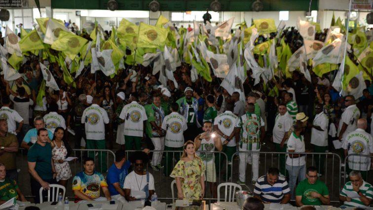 Mocidade abre votação para segmentos e comunidade opinarem na escolha do samba