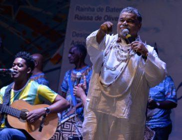 Com diretores de carnaval no júri, Beija-Flor define sambas semifinalistas