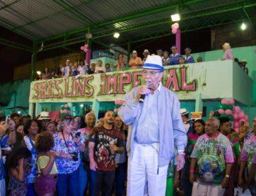 Lins Imperial promove festa da Ala de Compositores com show de Monarco