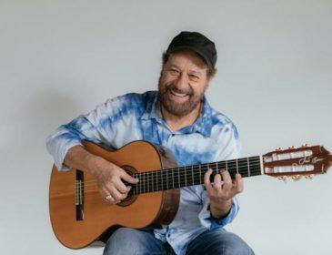 João Bosco apresenta novo CD e comemora Grammy Latino no Teatro Rival Petrobras